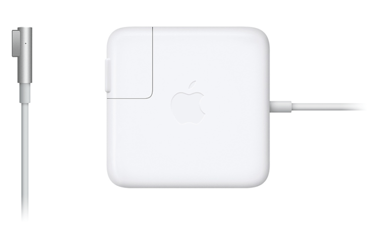 MacBook Airの充電器を購入